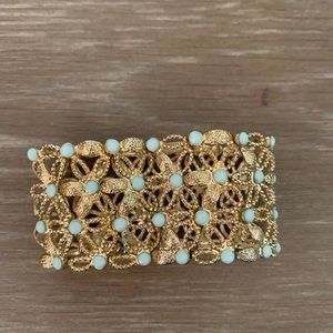 Gold and green stretch bracelet
